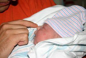 Sombreros de invierno que atan para los recién nacidos