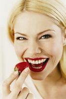 Estilos de maquillaje para la fresa rubias