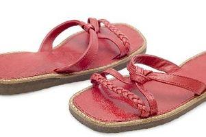 ¿Cómo elegir las sandalias color correcto de la primavera