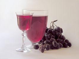 Cómo hacer casera de vino oscuro