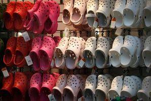 Cómo limpiar, lavar, desodorizar Crocs y sandalias de goma