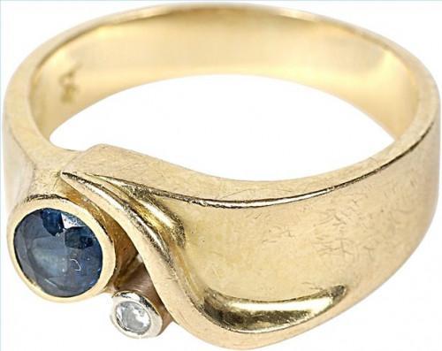 ¿Cómo elegir un anillo de oro