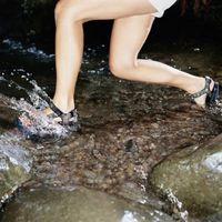 Cómo alargar las correas de la sandalia