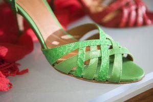 Cómo hacer coincidir los zapatos con las Armario