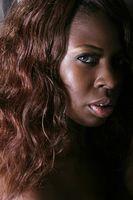 Fácil peinados de las mujeres negras con grueso pelo rizado