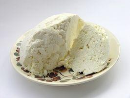 ¿Cómo se forma la leche cuajada?