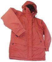 Cómo arreglar agujeros en las chaquetas de nylon