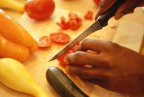 Las técnicas para el cortado en dados los tomates