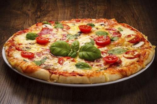 ¿Qué hierbas se utilizan en la pizza condimento?