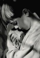 Cómo alimentar un conejo del bebé