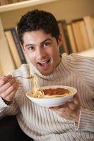 Cómo disminuir la acidez de la salsa para pasta