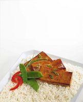 ¿Cuánto tiempo cocer al horno tofu firme en el horno?