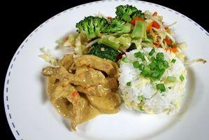 Cómo preparar arroz jazmín El uso de una olla de arroz