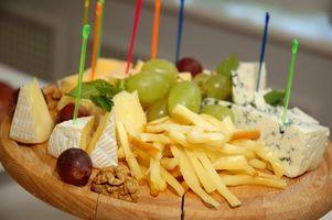 Cómo hacer un queso decorativo y bandeja de frutas