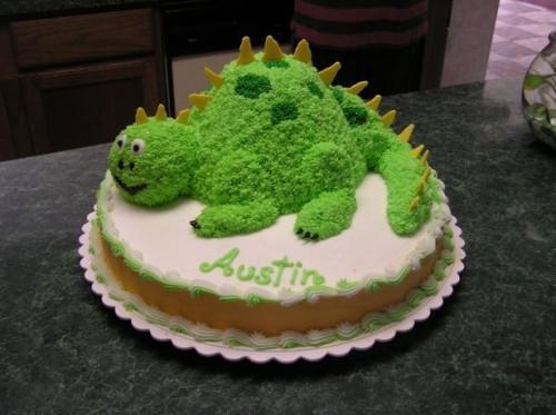 Cómo cocer al horno un pastel de dinosaurio
