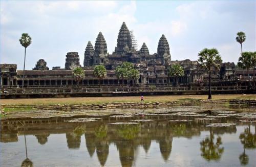 ¿Qué atracciones se encuentran en Angkor Wat en Camboya?