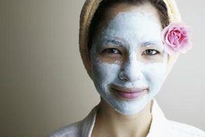 Cómo tratar los poros faciales