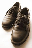 Cómo limpiar zapatos de cuero de patente