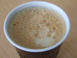Cómo quitar las manchas de café Limpieza en seco Pantalones