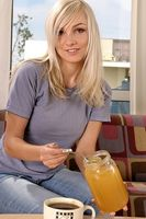 Cómo agregar miel al gel para el cabello