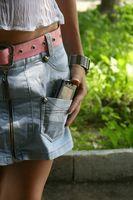 Cómo hacer una falda corta Fuera de los pantalones vaqueros