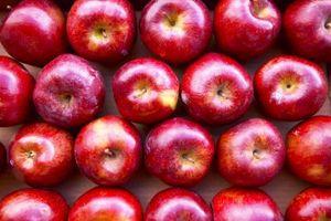Cómo quitar la flor de Fin de Manzanas por puré de manzana