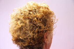 El efecto sobre la estructura del pelo de Loción Permanente