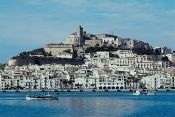 Cómo encontrar hoteles baratos en Ibiza