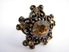 Cómo diseñar su propio anillo citrino ovalado en oro blanco