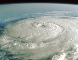 Tipos de datos de tiempo que se recogen durante un huracán