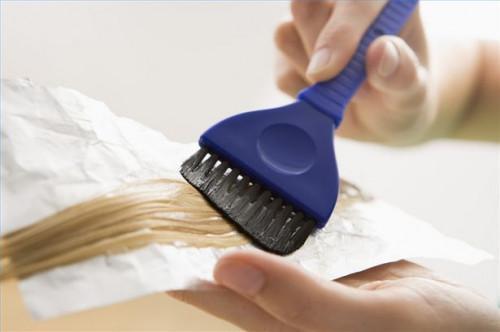 Cómo mantener sano del cabello teñido
