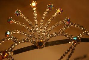 Prom Ideas de cabello con una tiara