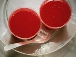 Cómo llenar una fruta con Jell-O Disparos