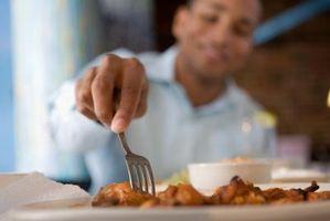 ¿Usted necesita descongelar las alas de pollo Antes lenta cocinarlos?