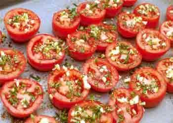Cómo hacer que los tomates secados al horno sazonado