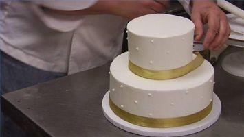 Cómo Stack una torta con gradas