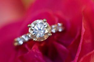 Acerca de los corazones de los diamantes del fuego