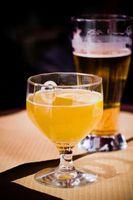 Cómo utilizar sémola o harina de maíz para hacer cerveza