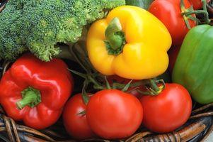 La manera de combinar verduras crudas
