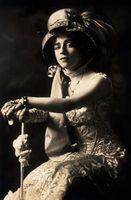 Los usos de las plumas de moda en la década de 1800