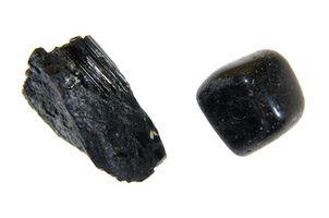 Cuál es el significado de Turmalina Negro?