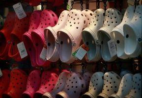 La forma de reutilizar viejos Crocs