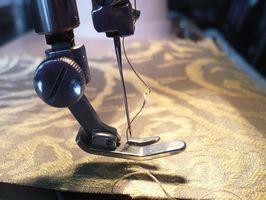 Cómo hacer que las tramas del pelo en una máquina de coser