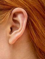 Cómo encontrar la manera menos dolorosa para la depilación del oído