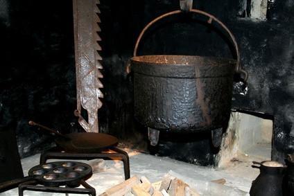 Cómo limpiar una parrilla de hierro fundido Pan