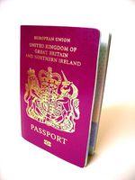 Cómo renovar un pasaporte británico en la UA