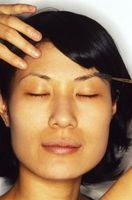 Cómo tinte natural y oscurecer las cejas