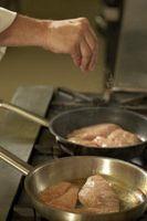 Las instrucciones para cocinar pechuga de pollo en una olla eléctrica