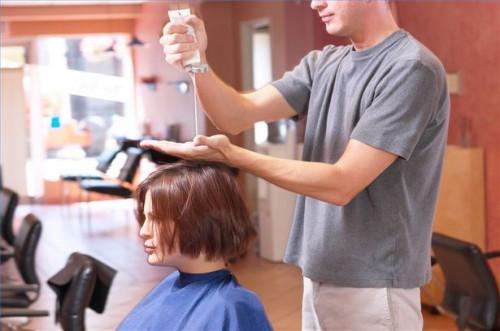 Cómo hacer un acondicionador natural para estimular el crecimiento del pelo