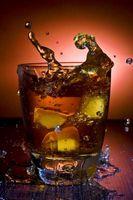 ¿Qué tipo de bebida tiene Borbón y de Triple Sec?